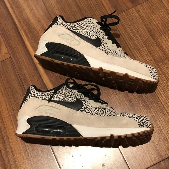 a1089744263 Women s Nike Air Max 90 Premium shoe 443817-102. M 5bd7bf836a0bb7ac16385daa
